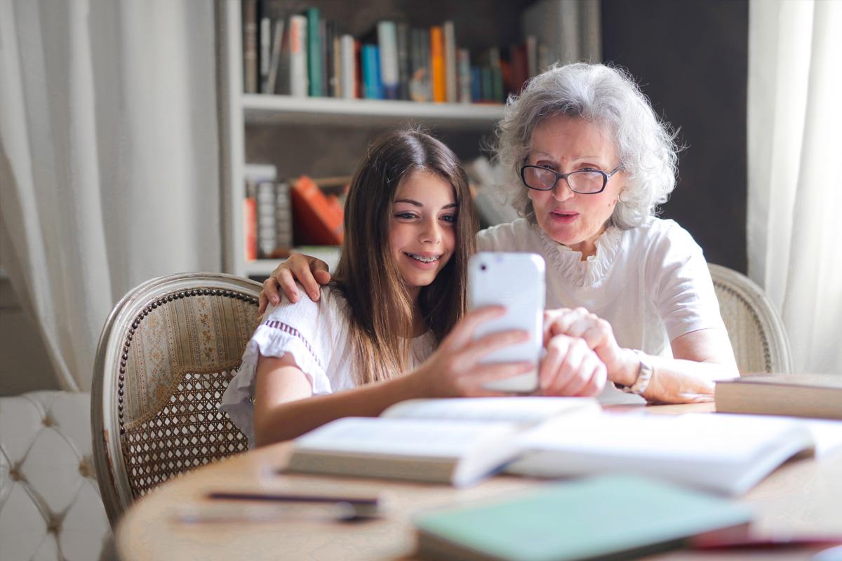girl-and-grandma