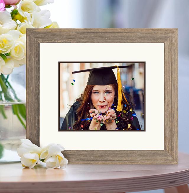 grad with confetti photo