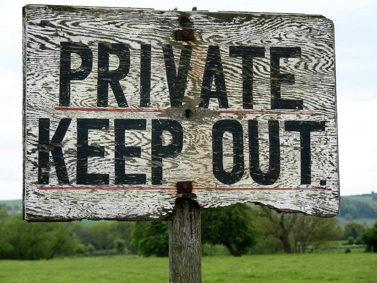 private keep out sign